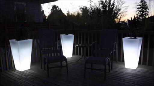 maceteros grandes con luz