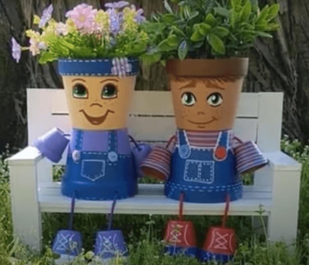 muñecos hechos con macetas